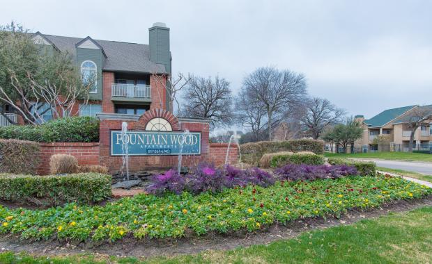 FOUNTAINWOOD APARTMENTS
