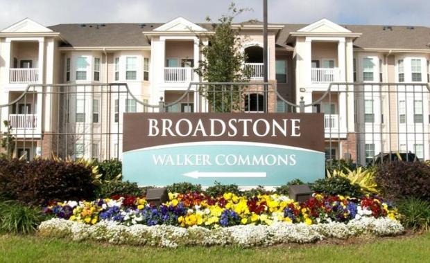 BROADSTONE WALKER COMMONS